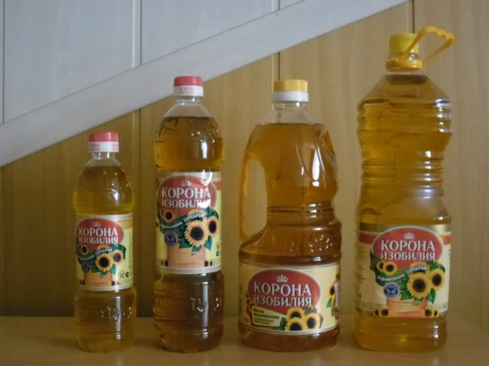 На фото: подсолнечное масло